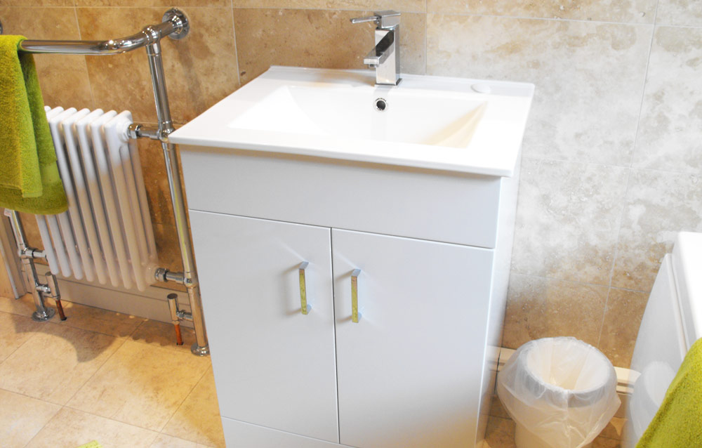 Bathroom-full-sink