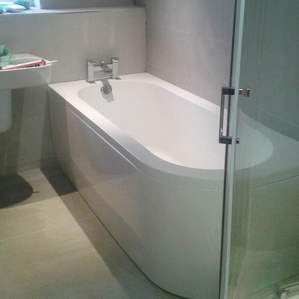 tight-bathroom-bath